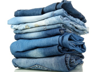 pile-of-jeans