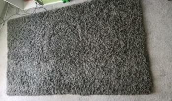 E grey rug